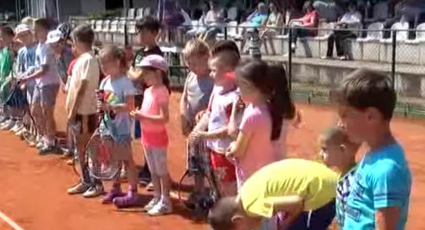 Deca u Krusevcu vole tenis