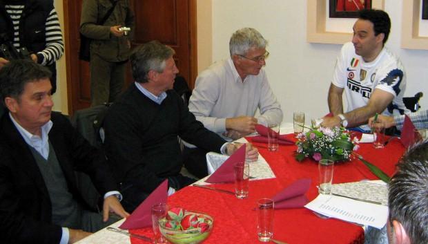 Zvonko Milojević sa bivšim kolegama