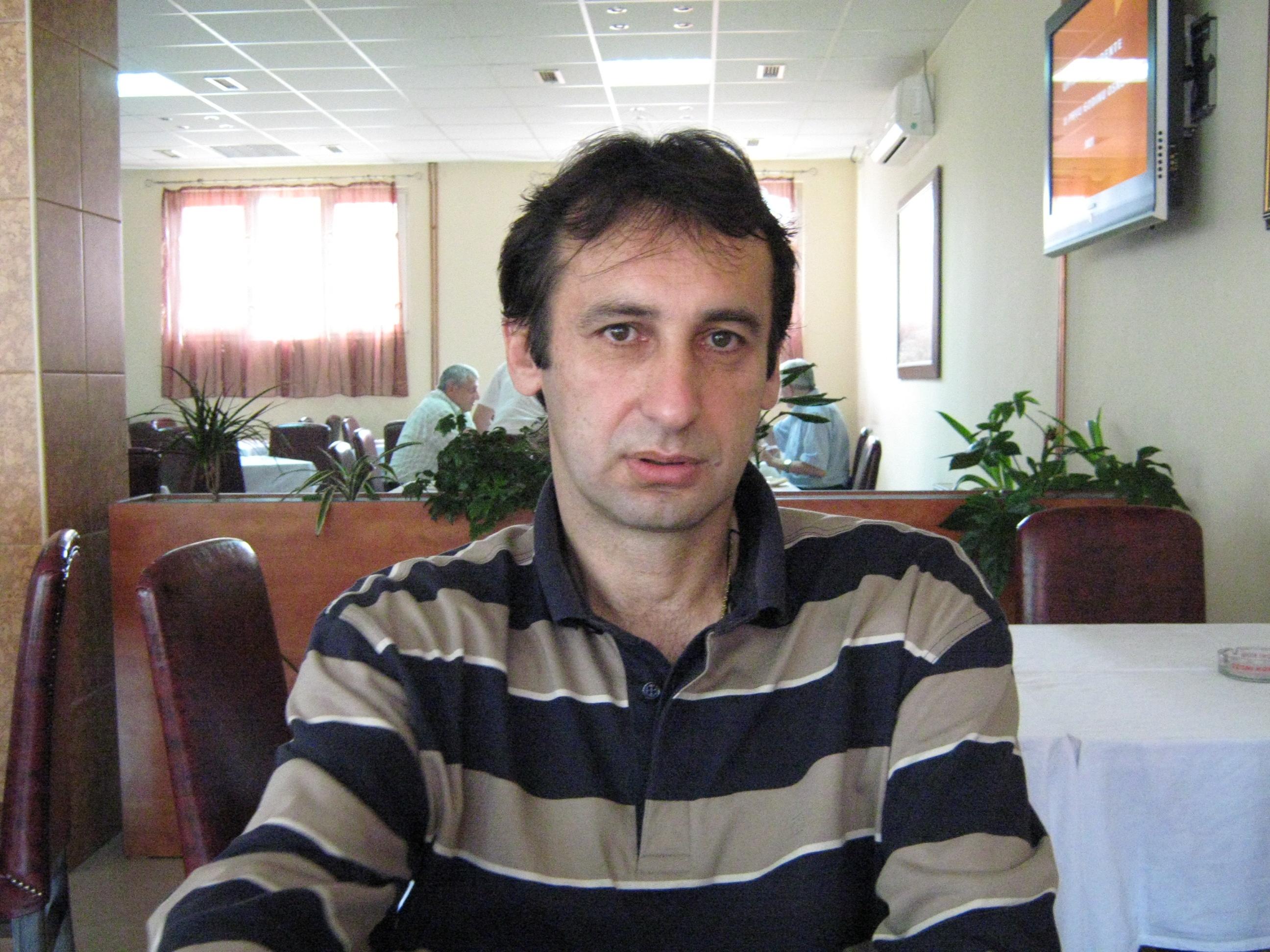 ZNALAC Trener Vladislav Djukic